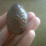Easter Egg motif bunga renda